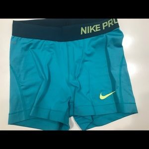 Pants - Nike Pro Spandex (like new)